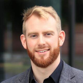 Dr. Simon Drescher